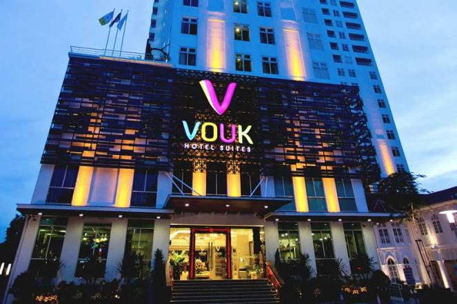 Vouk-Hotel-Suites-Hotel-Exterior-At-Evening
